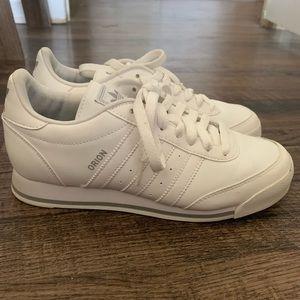 Adidas Orion White Sneaker Unisex Size 7